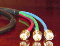 Canare V5-1.5C with RCA-male Connectors